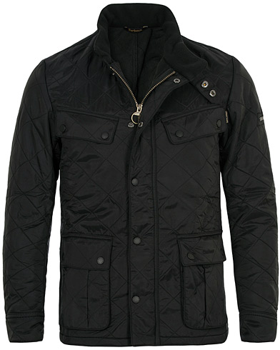 Barbour International Ariel Polarquilt International Black i gruppen Kläder / Jackor / Quiltade jackor hos Care of Carl (10456811r)