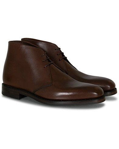 Loake 1880 Pimlico Chukka Boot Dark Brown Calf i gruppen Skor / Kängor hos Care of Carl (10789411r)