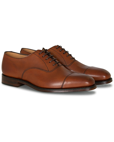 Loake 1880 Aldwych Oxford Mahogany Burnished Calf i gruppen Skor / Oxfords hos Care of Carl (11583811r)