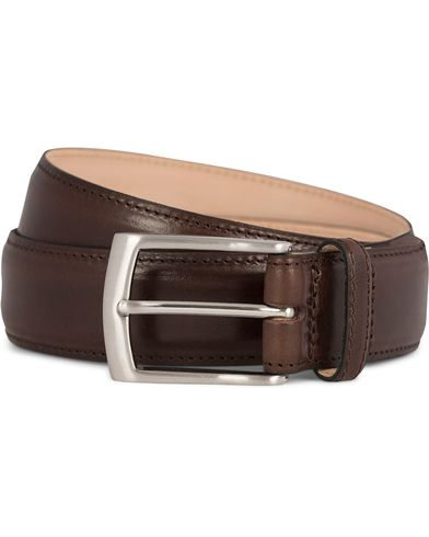 Loake 1880 Henry Leather Belt 3,3 cm Dark Brown i gruppen Accessoarer / Bälten / Släta bälten hos Care of Carl (11631911r)