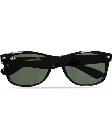 Ray-Ban New Wayfarer Sunglasses Black/Crystal Green  i gruppen Accessoarer / Solglasögon / Runda solglasögon hos Care of Carl (11948210)