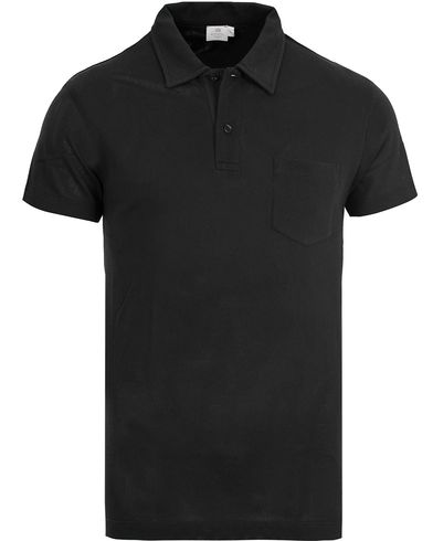 Sunspel Riviera Polo Shirt Black i gruppen Kläder / Pikéer / Kortärmade pikéer hos Care of Carl (12245911r)