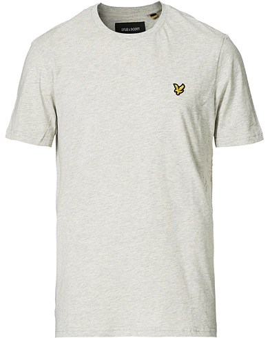 Lyle & Scott Crew Neck Tee Light Grey Marl i gruppen Kläder / T-Shirts / Kortärmade t-shirts hos Care of Carl (12470911r)
