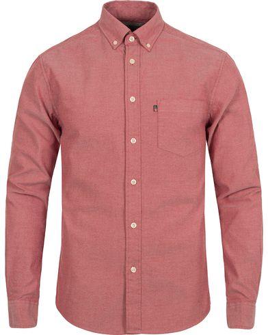 Lexington Kyle Oxford Shirt Rio Red i gruppen Kläder   Skjortor   Casual    Casual skjortor e41c9983f7abe