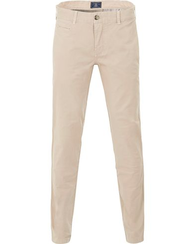 Morris Light Twill Chino Khaki i gruppen Kläder / Byxor / Chinos hos Care of Carl (13735111r)