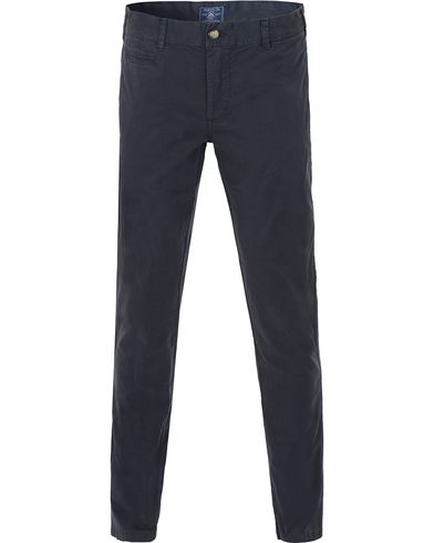 Morris Light Twill Chino Old Blue i gruppen Kläder / Byxor / Chinos hos Care of Carl (13735311r)
