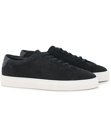 A Day's March Marching Sneakers Navy Suede i gruppen Skor / Sneakers hos Care of Carl (14355011r)