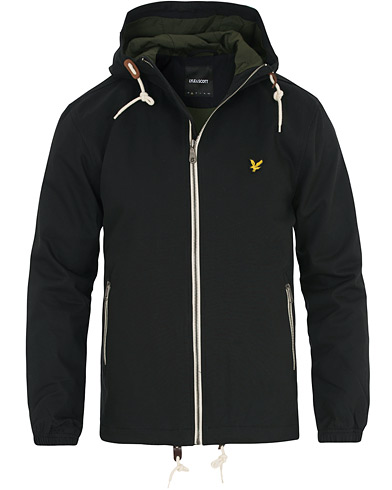 Lyle & Scott Hooded Twill Jacket True Black i gruppen Kläder / Jackor / Tunna jackor hos Care of Carl (14842011r)