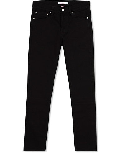 Calvin Klein Jeans Slim Fit 026 Stretch Jeans Stay Black i gruppen Kläder / Jeans hos Care of Carl (14896511r)