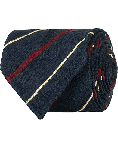 Drake's Shantung Silk Stripe Handrolled 8 cm Tie Navy/Wine  i gruppen Accessoarer / Slipsar hos Care of Carl (14955610)