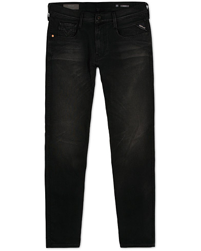 Replay M914 Anbass Hyperflex + Jeans Black i gruppen Kläder / Jeans / Smala jeans hos Care of Carl (15039111r)