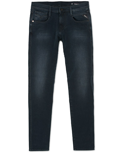 Replay M914 Anbass Hyperflex + Jeans Blue/Black i gruppen Kläder / Jeans / Smala jeans hos Care of Carl (15039311r)