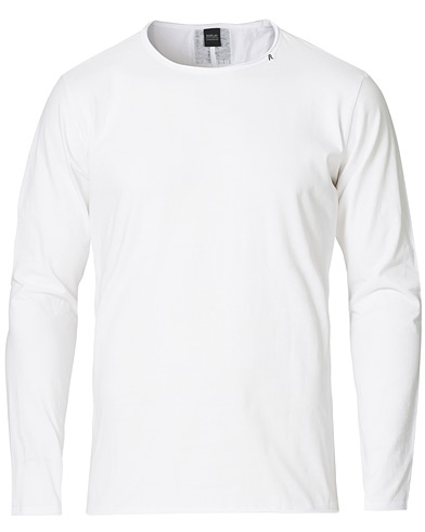 Replay Crew Neck Long Sleeve Tee White i gruppen Kläder / T-Shirts / Långärmade t-shirts hos Care of Carl (15040711r)