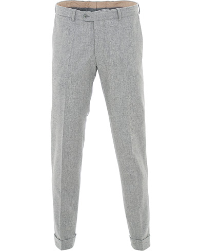Oscar Jacobson Dean Turn Up Flannel Trousers Light Grey i gruppen Kläder / Byxor / Flanellbyxor hos Care of Carl (15069211r)