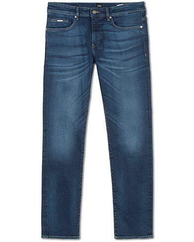 BOSS Delaware Candiani Stretch Jeans Mid Blue i gruppen Kläder / Jeans / Smala jeans hos Care of Carl (15149511r)