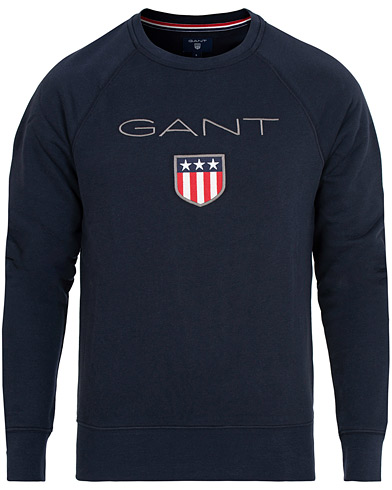 GANT Shield Crew Neck Sweatshirts Evening Blue i gruppen Kläder / Tröjor / Sweatshirts hos Care of Carl (15209211r)