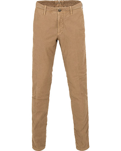 Incotex Slim Fit Garment Dyed Washed Slacks Khaki i gruppen Kläder / Byxor / Chinos hos Care of Carl (15247311r)