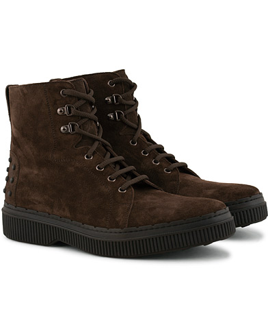 Tod's Winter Gommino Field Boot Marrone Suede i gruppen Skor / Kängor hos Care of Carl (15266011r)