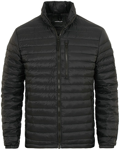 Peak Performance Bolt Lightweight Jacket Black i gruppen Kläder / Jackor / Dunjackor hos Care of Carl (15408811r)