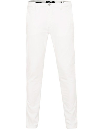 Replay Zeumar Hyperflex Chino White i gruppen Kläder / Byxor / Chinos hos Care of Carl (15494011r)