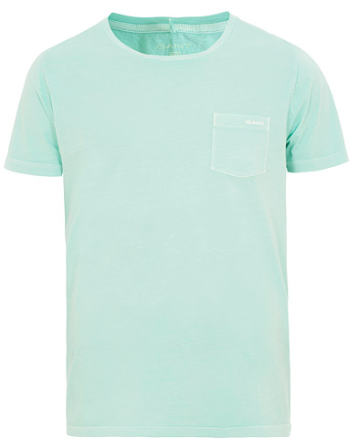 GANT Sunbleached Pocket Tee Bay Green i gruppen Kläder / T-Shirts / Kortärmade t-shirts hos Care of Carl (15567111r)