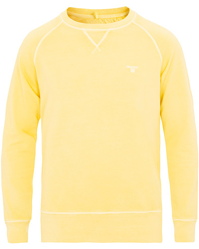 GANT Sunbleached Crew Neck Sweatshirt Lemon i gruppen Kläder / Tröjor / Sweatshirts hos Care of Carl (15573111r)