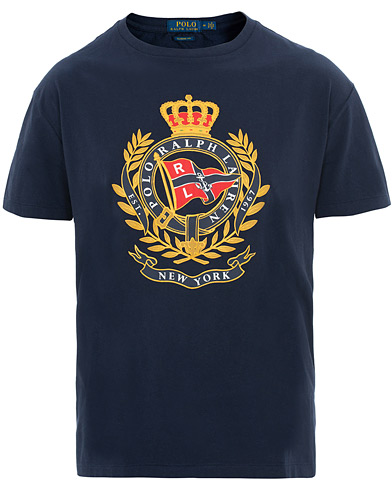 Polo Ralph Lauren Crest Crew Neck Tee Cruise Navy i gruppen Kläder / T-Shirts / Kortärmade t-shirts hos Care of Carl (15600811r)