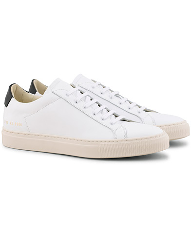 Common Projects Retro Achilles Sneaker White Calf i gruppen Skor / Sneakers / Låga sneakers hos Care of Carl (15654911r)