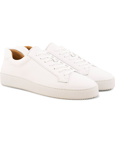 Tiger of Sweden Salas Leather Sneaker White i gruppen Skor / Sneakers / Låga sneakers hos Care of Carl (15709811r)