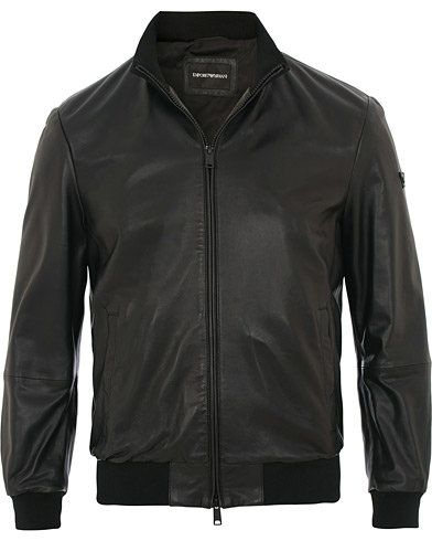 Emporio Armani Leather Jacket Black i gruppen Kläder / Jackor / Skinnjackor hos Care of Carl (15758311r)