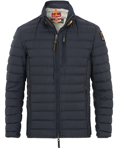 Parajumpers Ugo Super Lightweight Jacket Blue/Black i gruppen Kläder / Jackor / Dunjackor hos Care of Carl (15835511r)