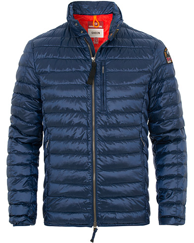 Parajumpers Bredford Sheen Lightweight High Gloss Jacket Navy Peony i gruppen Kläder / Jackor / Dunjackor hos Care of Carl (15837611r)