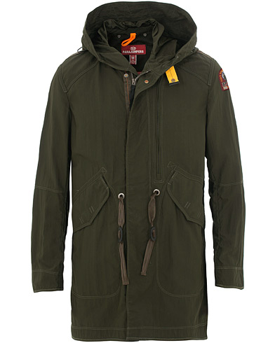 Parajumpers Gregory Masterpiece Fish Tail Parka Sycamore i gruppen Kläder / Jackor / Rockar hos Care of Carl (15837911r)
