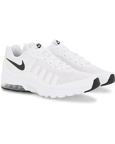 Nike Air Max Invigor Sneaker White i gruppen Skor / Sneakers hos Care of Carl (16008911r)