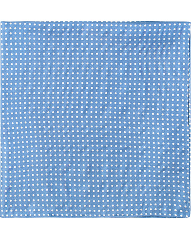 Amanda Christensen Handkerchief Dot Silk Sky Blue  i gruppen Accessoarer / Näsdukar hos Care of Carl (16025310)