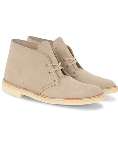 Clarks Originals Desert Boot Sand Suede i gruppen Skor / Kängor hos Care of Carl (16041111r)