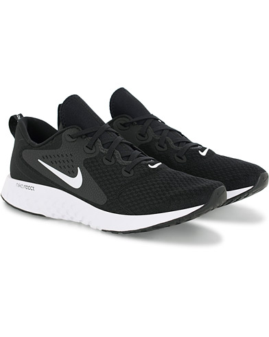 Nike Legend React Sneaker Black i gruppen Skor / Sneakers hos Care of Carl (16060211r)