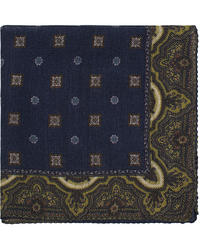 Amanda Christensen Wool Medallion Board Pocket Square Navy  i gruppen Accessoarer / Näsdukar hos Care of Carl (16101010)