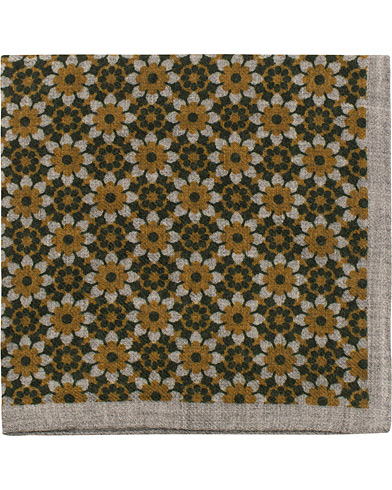 Amanda Christensen Wool Flannel Printed Flowers Pocket Square Green  i gruppen Accessoarer / Näsdukar hos Care of Carl (16102210)