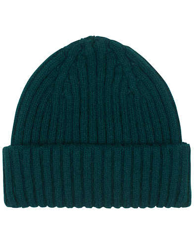 Drake's Lambswool/Angora Ribbed Hat Green  i gruppen Accessoarer / Mössor hos Care of Carl (16111110)