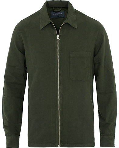 A Day's March Herringbone Zip-Shirt Olive i gruppen Kläder / Skjortor / Casual hos Care of Carl (16217611r)