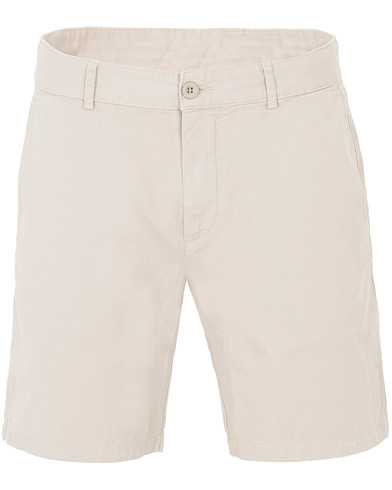 A Day's March Chinos Shorts Oyster i gruppen Kläder / Shorts / Chinosshorts hos Care of Carl (16218211r)