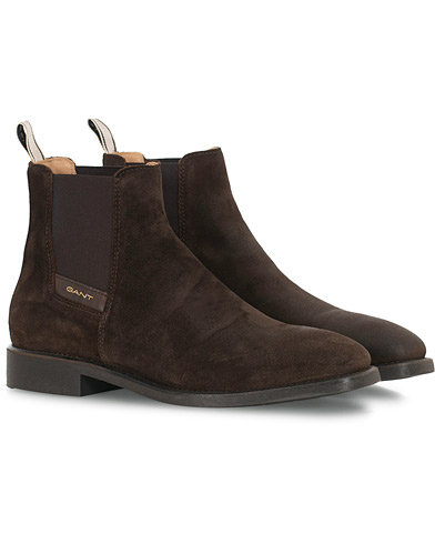 GANT James Chelsea Boot Dark Brown Suede i gruppen Skor / Kängor hos Care of Carl (16266111r)