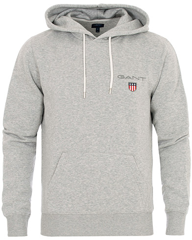 GANT Medium Shield Hoodie Light Grey Melange i gruppen Kläder / Tröjor / Huvtröjor hos Care of Carl (16271611r)