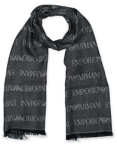 Emporio Armani Wool All Over Logo Scarf Navy  i gruppen Accessoarer / Halsdukar hos Care of Carl (16310310)