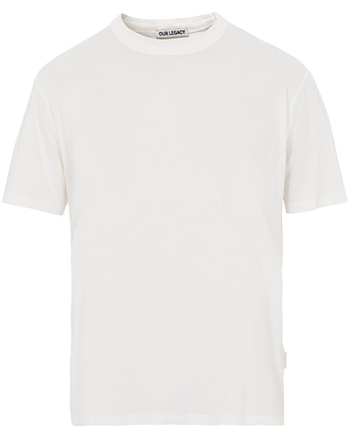 Our Legacy New Box T-shirt White i gruppen Kläder / T-Shirts / Kortärmade t-shirts hos Care of Carl (16415911r)