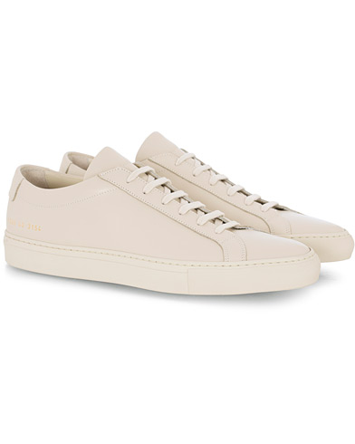 Common Projects Original Achilles Leather Sneaker Off White i gruppen Skor / Sneakers hos Care of Carl (16542511r)