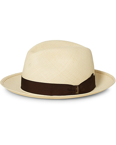 Borsalino Panama Quito With Medium Brim Brown i gruppen Accessoarer / Hattar & kepsar hos Care of Carl (16980111r)