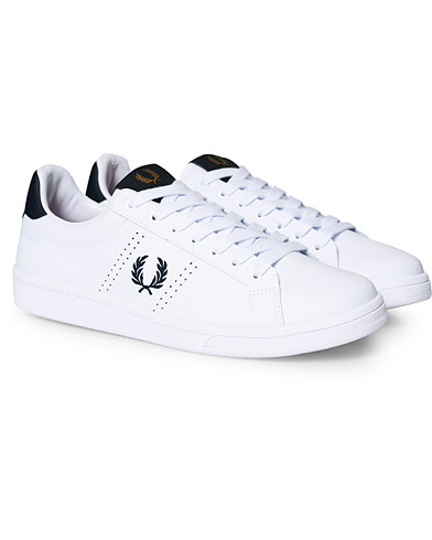 Fred Perry Park Side Leather Sneaker White/Navy i gruppen Skor / Sneakers hos Care of Carl (17001611r)