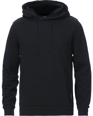 Tiger of Sweden Movement Dawes Hoodie Black i gruppen Kläder / Tröjor / Huvtröjor hos Care of Carl (19280311r)